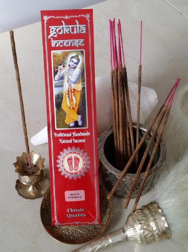 Apple & Strawberry  Incense Sticks - 20 grams